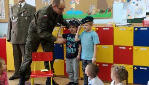 Wizyta żołnierzy Wojska Polskiego w naszym przedszkolu